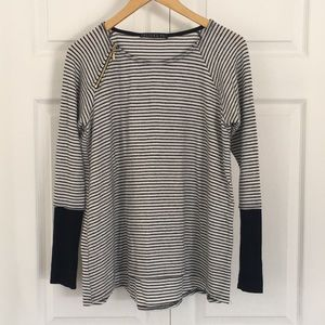 Relaxed fit striped lightweight sweater